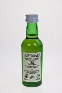 5. Laphroaig '10'  Single Islay Malt Scotch Whisky